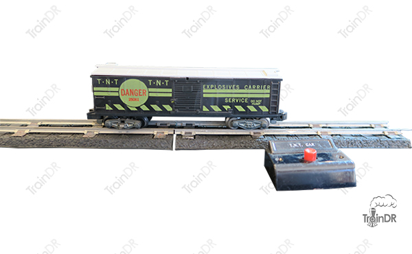American Flyer Box Car 25061 Explosives Carrier
